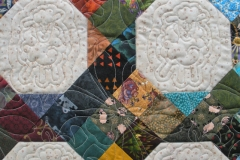 Quilted lamb in the inside blocks